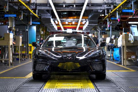 Chevy-Launches-First-2020-Mid-Engine-C8-Corvette-Car