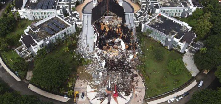 The Quake Hit Indonesia